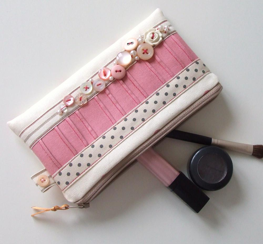 Vintage Button Make-Up Purse